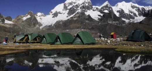 Lagerplatz beim Vilcanota-Trekking 2021   Erlebnisrundreisen.de