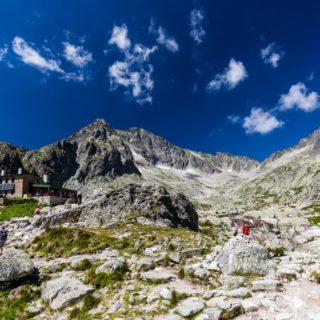 Teryho Chata Gipfel Wanderer 2021 | Erlebnisrundreisen.de