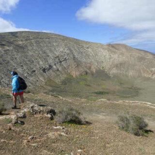 Vulkankrater am Rande des Timanfaya-Nationalparks - Andreas Happe