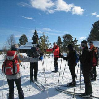 Skigruppe im Golgebirge - Philip Bardach