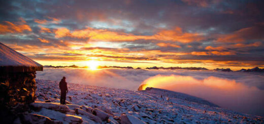 Sonnenuntergang in Winterlandschaft - Asgeir Helgestad - Asgeir Helgestad/Artic Light AS/visitnorway.com