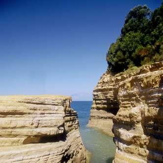 Die wichtigsten Highlights und mediterrane Urlaubsstimmung auf der Insel Korfu erleben